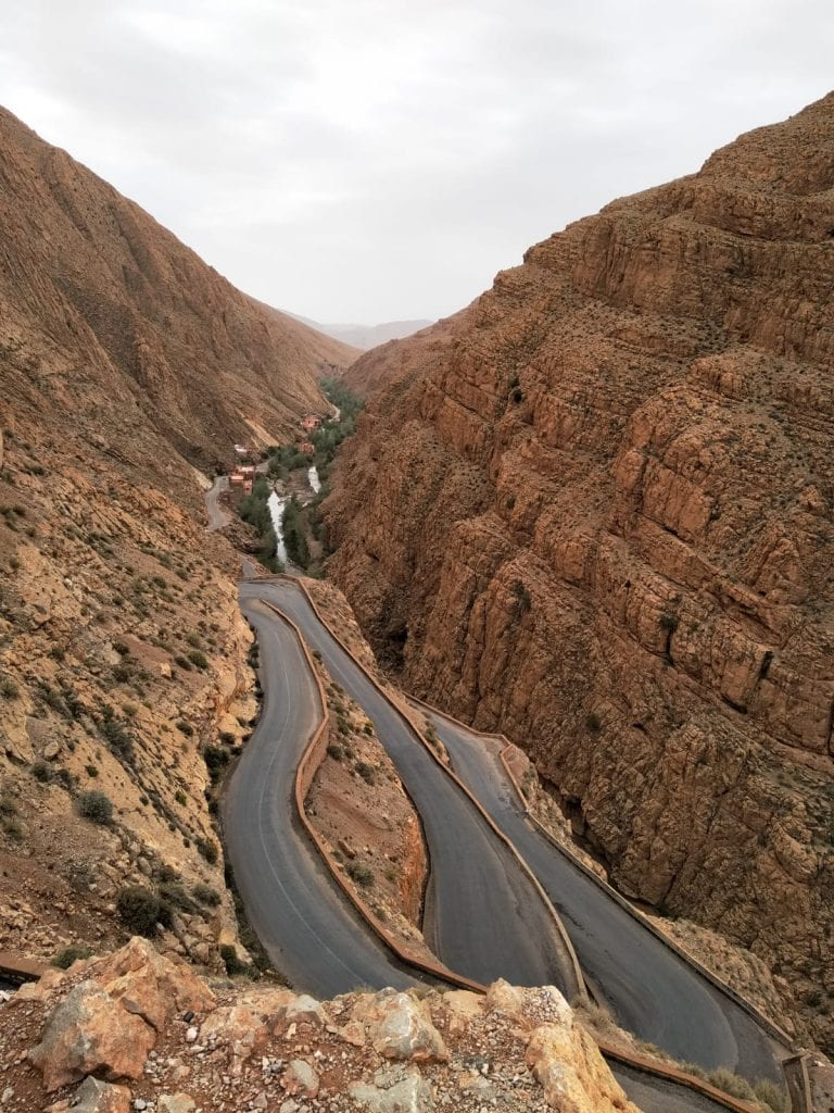 dades-gorges-morocco-atlas-road-curves