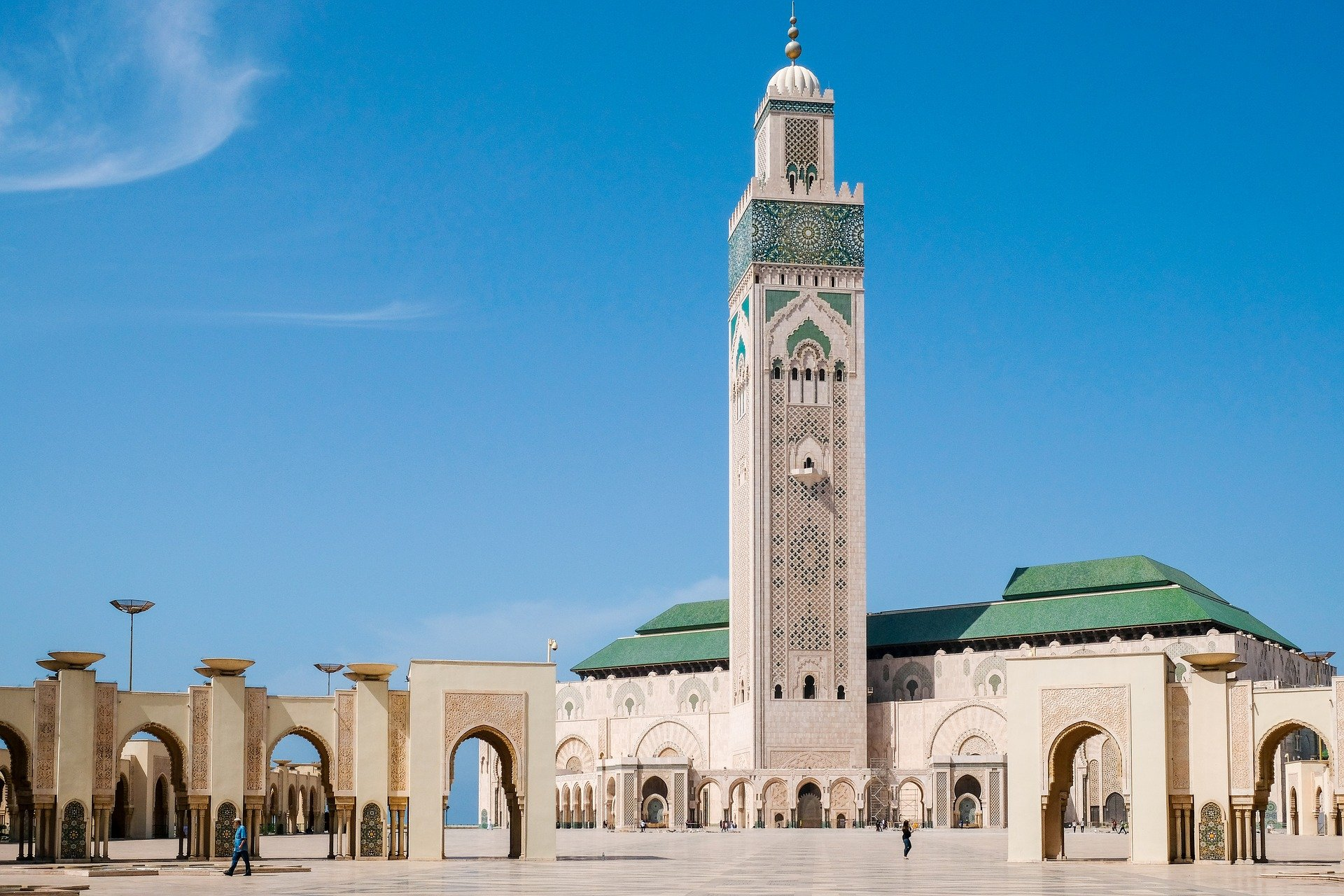 tour to the Hassan II Mosque in Casablanca in the imperial cities tour Morocco